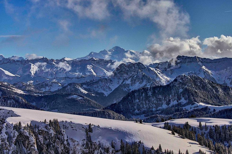 LORES mont-blanc-mountain-snow-france.jp