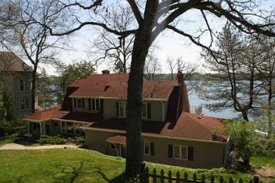 Best value lakefront home for Delavan is located at 2724 Willow Point Drive.