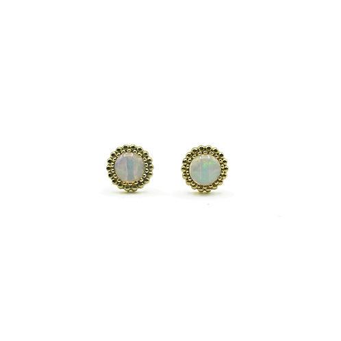 Orecchini in oro con opale