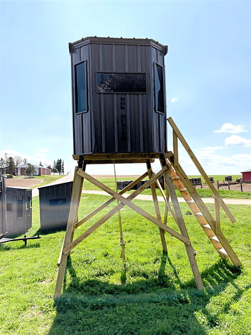 """Amish Built """"Bow Hunter"""" Blind w/ Stand"""