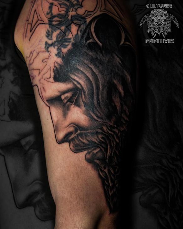 projet tattoo en cour sur le thème de jesus et de la vierge