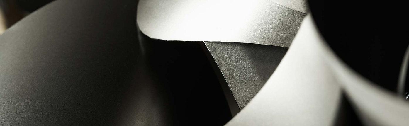 closeup af metaldele