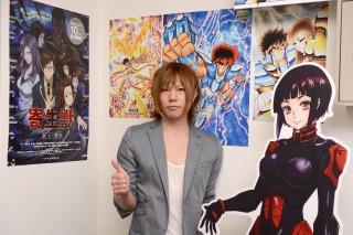 インタビュー-男-アーティスト-記念写真-サブカル-コンテンツ-ポスター
