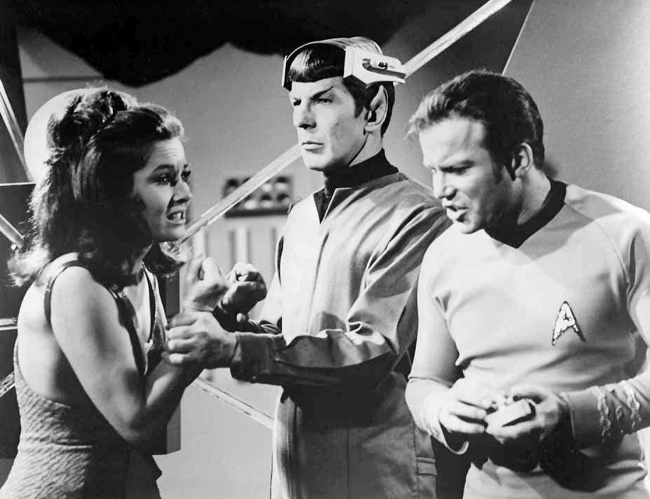 star-trek-publicity-photos-spock's-brain-science-fiction-franchise-gene-roddenberry