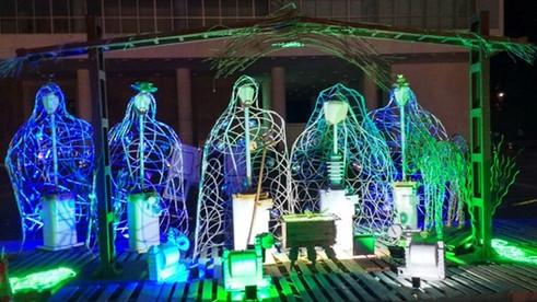 Presépio ilumina o Palácio Iguaçu