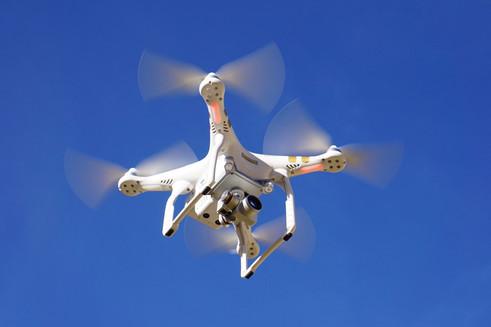 Pilotando Drones