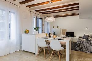 Center Pamplona Apartmet - Salón Comedor