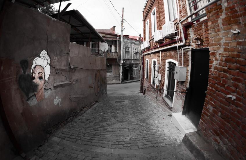 harlauta_georgia_tbilisi_dark_23.jpg