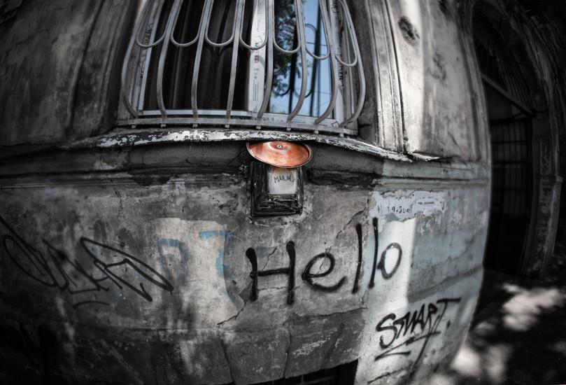 harlauta_georgia_tbilisi_dark_04.jpg