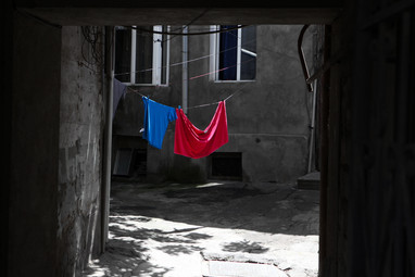 harlauta_georgia_tbilisi_dark_15.jpg