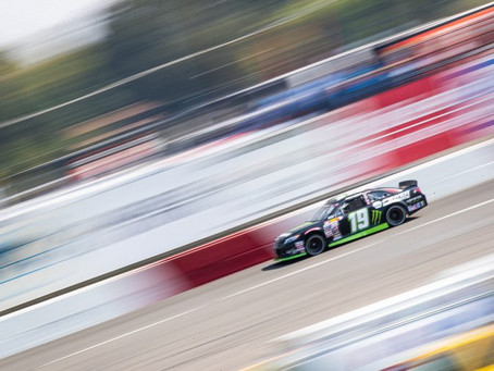 Hailie Deegan show-stealing comeback ends with P2 after an early spin