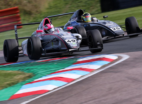 Abbi Pulling records best finish with second place in British F4