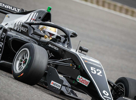 Vicky Piria debuts in Formula Renault Eurocup