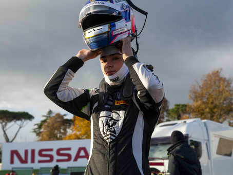 F3 Regional: Jamie Chadwick P8 in Vallelunga Race 1 after being spun on opening lap