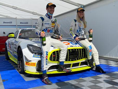 Class podium at debut for Gabriela Jilková in GT4 Europe at Nürburgring