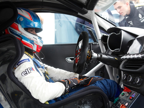 Lilou Wadoux charges to second place, solid P8 for Gosia Rdest in Alpine Europa Cup