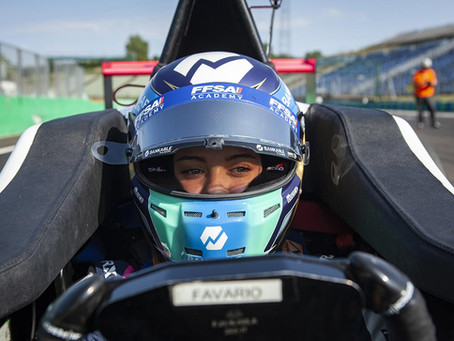 Angélina Favario: from crowdfunding the closing rounds to points in Monza