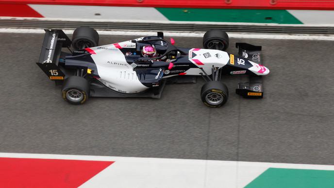 Despite difficult race 1, Léna Bühler gains positions in Mugello