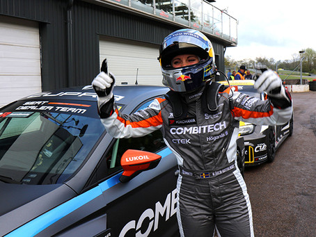 Mikaela Åhlin-Kottulinsky claims first win of scandinavian TCR