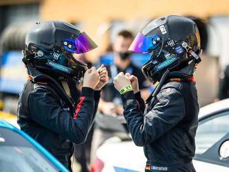 Kreutzpointner twins join Team Driverse in ADAC GT4