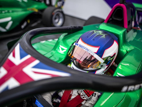 W Series: Chadwick and Wohlwend set the pace in wet FP at Spa