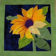 Copy+of+Sunflower+quilt.JPG