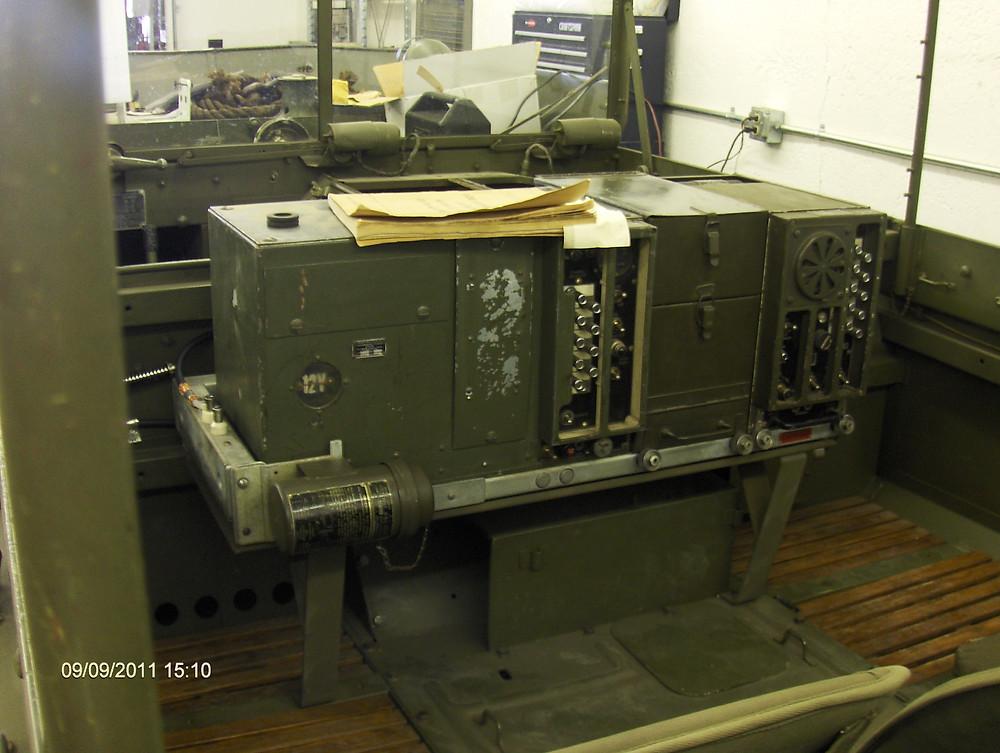 SCR-508_Radio