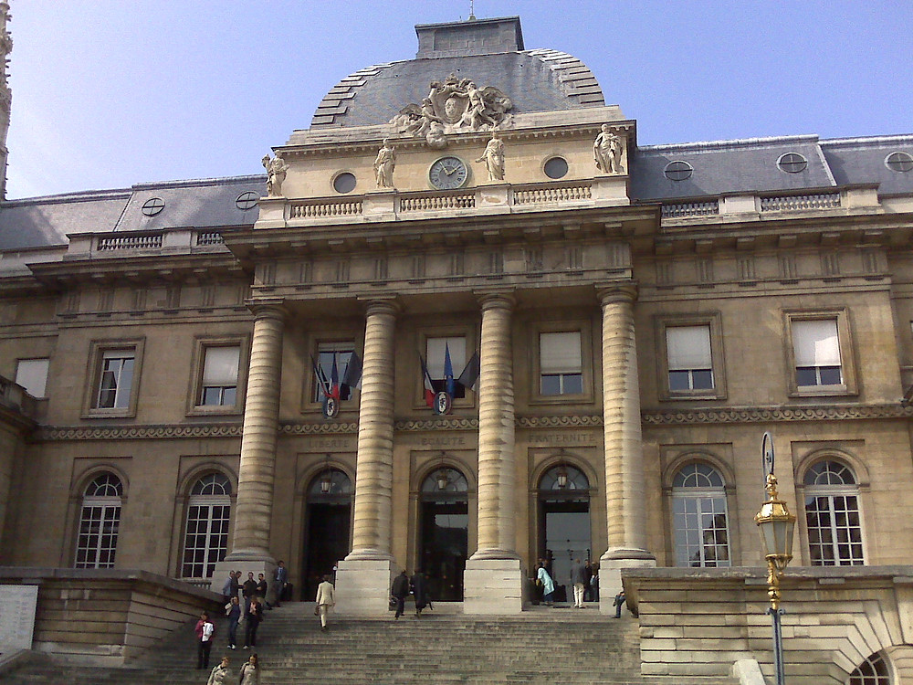 Courthouse in France.jpg