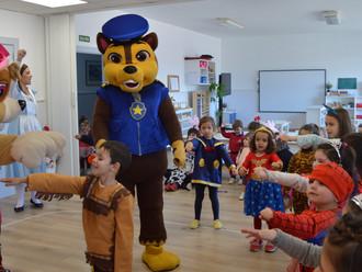 La Patrulla Canina protagoniza el Carnaval del colegio