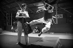 ilyo taekwondo vipers class, fitness, fun, ilyo , south coast, jumping side kick. front kick. kicking pad. tkd mats