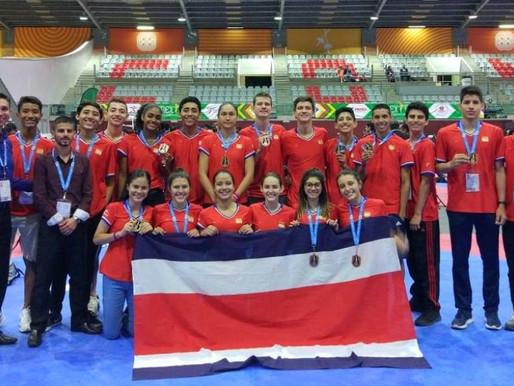 Taekwondo tico consigue diez medallas en el México Open G-1