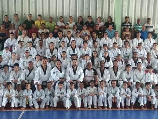 """Guanacastecos abarrotaron el séptimo """"Taller Técnico de Poomsae""""en Cañas"""