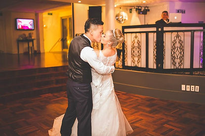 Auckland-DJ-Service-Best-Wedding-Photographers-Videographers