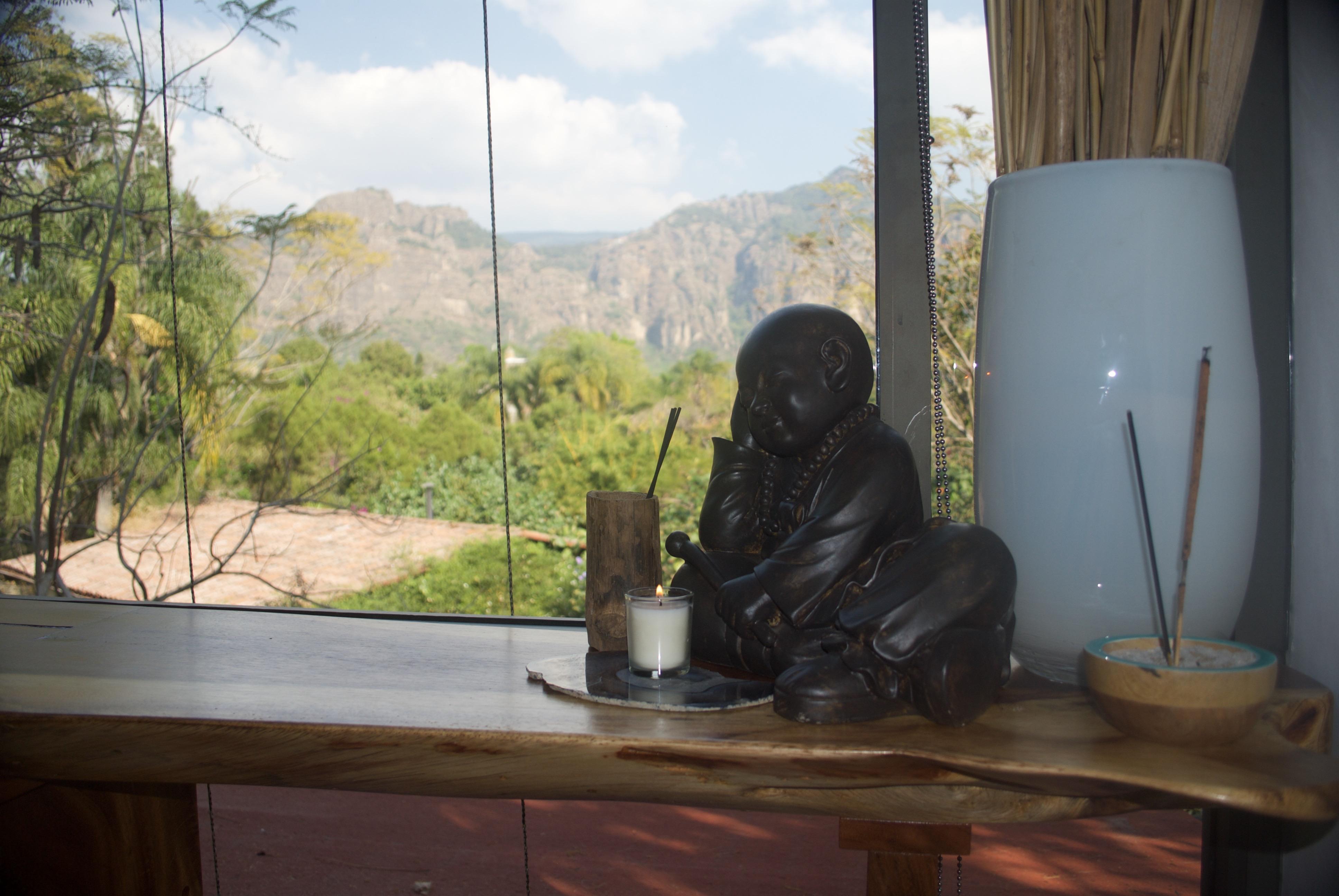 Zen Loft, Budhha