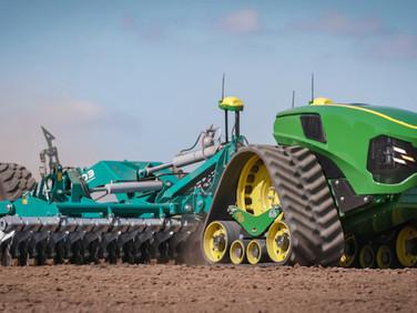 John Deere Unveils Concept Autonomous Tracked Tractor