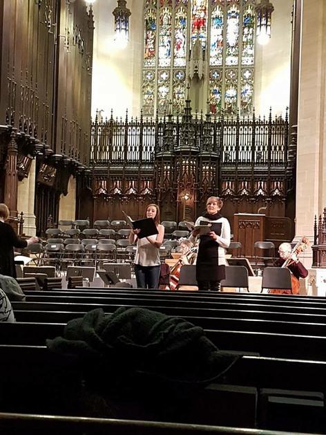 Alison in rehearsal for Bach's Jesu der du Meine Seele at Metropolitan United Church, Toronto (2016)