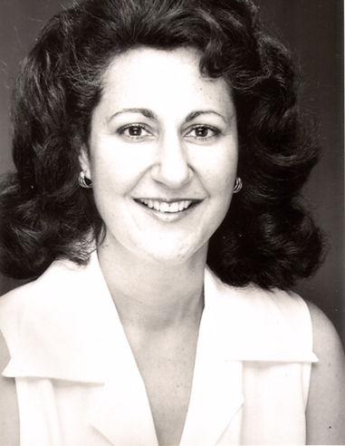 Promotional Headshot - Susan Sametz.JPG