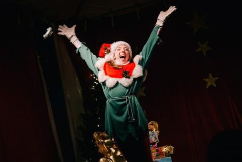 Alison performing as Eloise at the Toronto Christmas Market (2013)