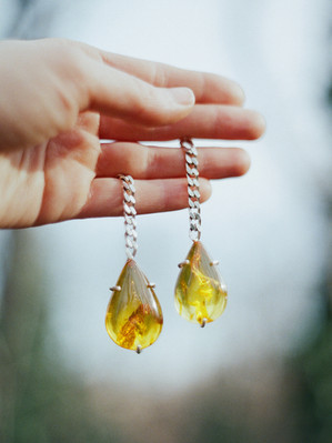 Amber drops in chains