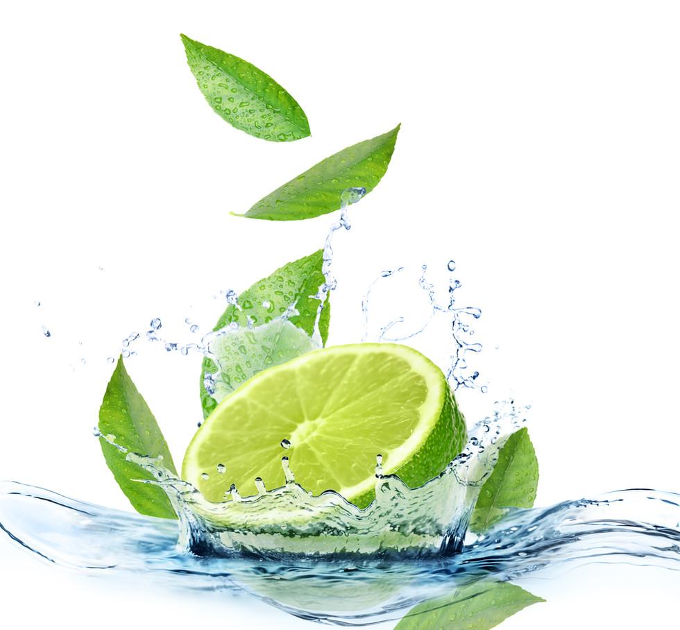 Ripe lime, fresh mint and splashing wate
