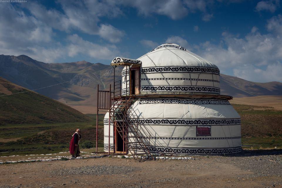 2 floor yurt