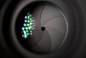 camera-lens-2246472_1280.jpg