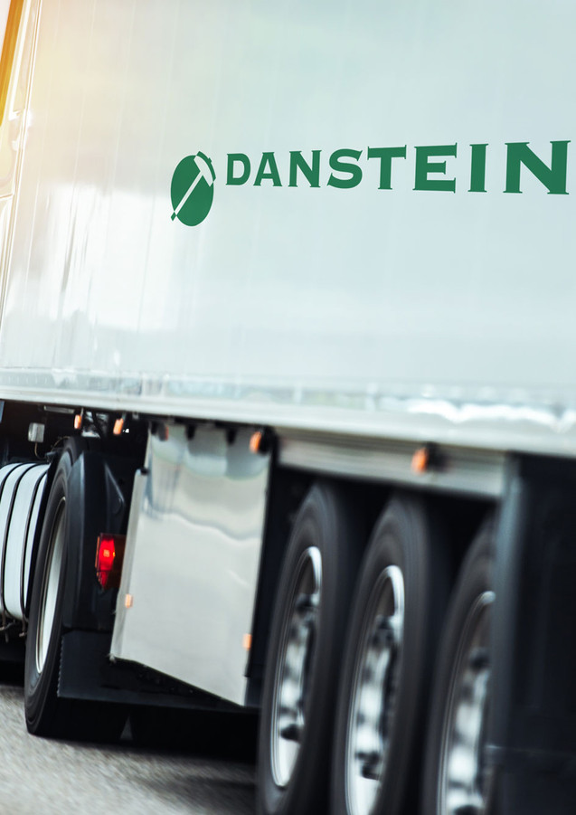 danstein_eksport_truck.jpg