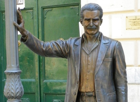 Literary Representations: Statues and Sculpture