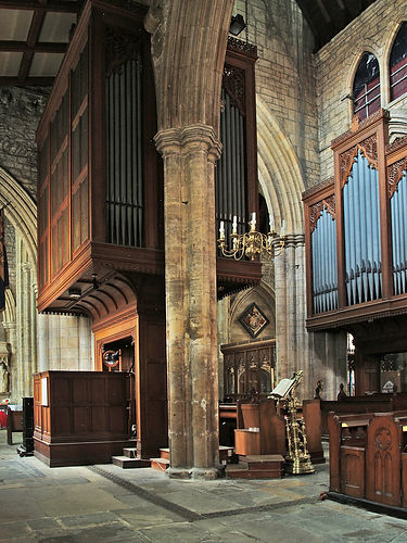 Howden Minster organ side view.jpg