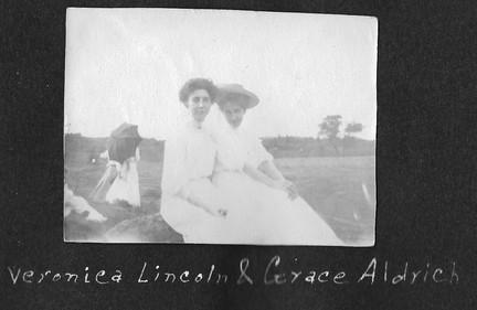 P0017 Veronica Lincoln Grace Aldrich - V Hutton Album - BW.jpg