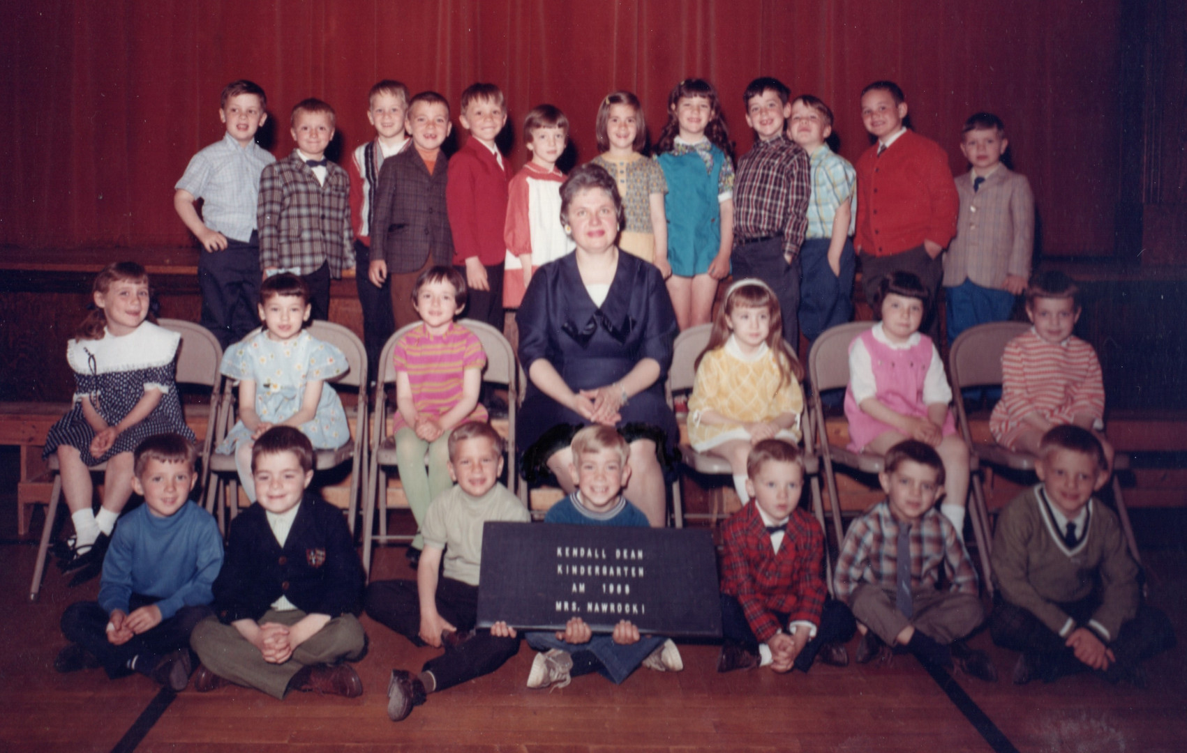 Kindergarten AM - Mrs Nawrocki