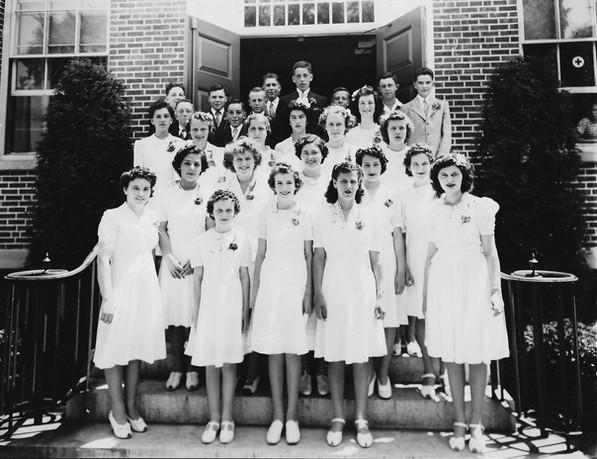 Kendall Dean Graduating Class 1942-1943