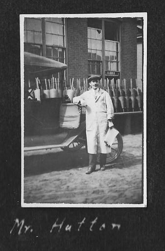P0019 Thomas Hutton - V Hutton Album - BW.jpg