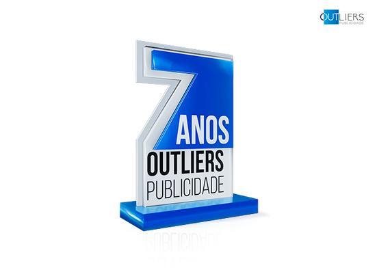 7 anos Outliers Publicidade